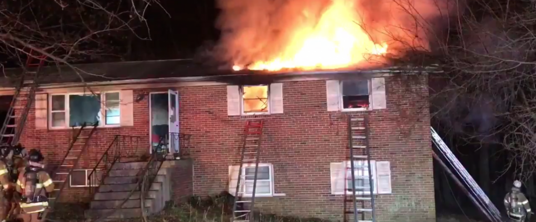 Engine Co.37 – Truck Co.37 – Chief 37A Run 25 House Fire